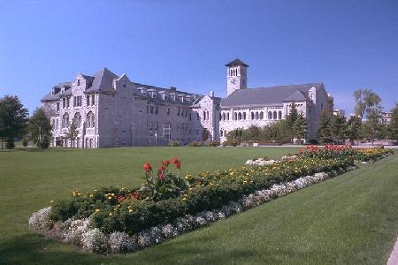 Photo of Kingston Hall at Queen's University
